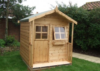 SINGLE STOREY PLAYHOUSE